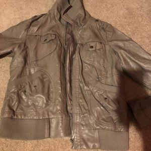 Bernardo Jackets & Coats - Large Grey leather jacket - WOMENS